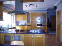 4 Bedroom Villa Foz do Arelho, Silver Coast Ref :AV1206