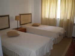 3 Bedroom Apartment Obidos, Silver Coast Ref :AA210