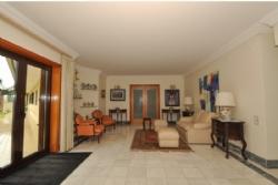 6 Bedroom House Santa Maria da Feira, Porto Ref :AV1243