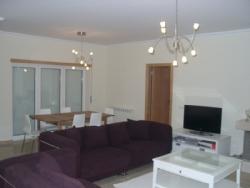 3 Bedroom Villa Sao Martinho do Porto, Silver Coast Ref :AV1252