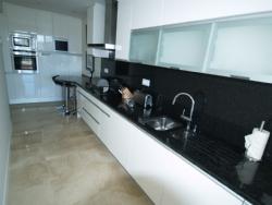 1 Bedroom Apartment Vilamoura, Central Algarve Ref :DA5161