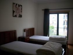 2 Bedroom Apartment Sao Martinho do Porto, Silver Coast Ref :AA228