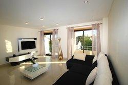 3 Bedroom Apartment Sao Martinho do Porto, Silver Coast Ref :AA225