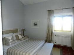 2 Bedroom Townhouse Praia da Luz, Western Algarve Ref :GV028
