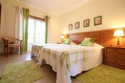 3 Bedroom Townhouse Obidos, Silver Coast Ref :AV1294