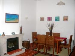 3 Bedroom Apartment Obidos, Silver Coast Ref :AA244