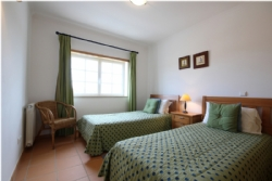 3 Bedroom Apartment Obidos, Silver Coast Ref :AA250