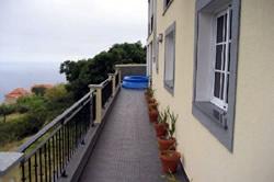 4 Bedroom Villa Calheta, Madeira Ref :AVM04
