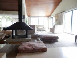 7 Bedroom Villa Cascais, Lisbon Ref :AV1518