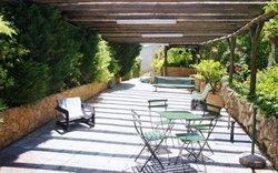2 Bedroom Villa Caldas da Rainha, Silver Coast Ref :AV1572