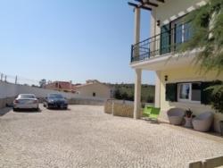 4 Bedroom Villa Cadaval, Silver Coast Ref :AV1580