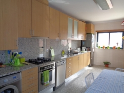 3 Bedroom Apartment Caldas da Rainha, Silver Coast Ref