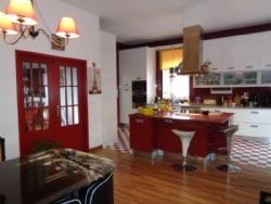4 Bedroom House Bombarral, Silver Coast Ref :AV1584