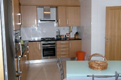 3 Bedroom Apartment Sao Martinho do Porto, Silver Coast Ref :AA126