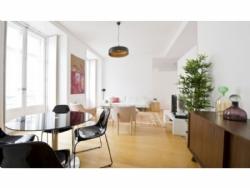 2 Bedroom Apartment Lisbon, Lisbon Ref :AAL5