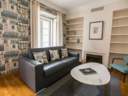 2 Bedroom Apartment Lisbon, Lisbon Ref :AAL6
