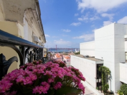 3 Bedroom Apartment Lisbon, Lisbon Ref