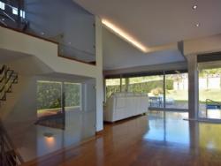 4 Bedroom Villa Vila Nova de Gaia, Porto Ref :AVP1