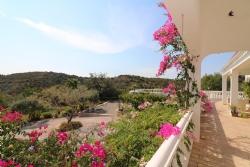 3 Bedroom Villa Santa Catarina da Fonte do Bispo, Eastern Algarve Ref :JV10186