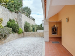 5 Bedroom Townhouse Lisbon, Lisbon Ref
