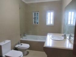 4 Bedroom Villa Lisbon, Lisbon Ref :AVL12