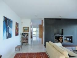 6 Bedroom Villa Lisbon, Lisbon Ref :AVL16