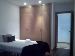 2 Bedroom Apartment Sao Martinho do Porto, Silver Coast Ref :AA227
