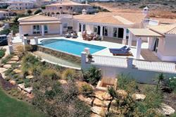 4 Bedroom Villa Praia da Luz, Western Algarve Ref :GV048