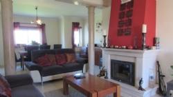 4 Bedroom Villa Foz do Arelho, Silver Coast Ref :AV1783