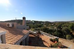4 Bedroom Villa Sao Bras de Alportel, Central Algarve Ref :JV102179