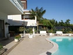 5 Bedroom Villa Estoril, Lisbon Ref :AVM22