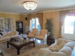 5 Bedroom Villa Cascais, Lisbon Ref :AVM25