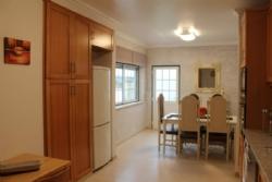 4 Bedroom Townhouse Obidos, Silver Coast Ref :AV1834