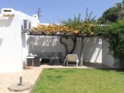 3 Bedroom Villa Albufeira, Central Algarve Ref