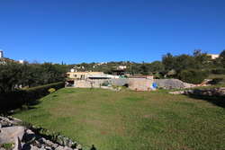 2 Bedroom Bungalow Santa Barbara de Nexe, Central Algarve Ref