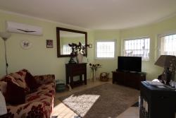 2 Bedroom Bungalow Santa Barbara de Nexe, Central Algarve Ref :JV10246