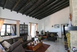 4 Bedroom Villa Sao Bras de Alportel, Central Algarve Ref :JV10202