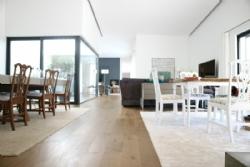 6 Bedroom Villa Cascais, Lisbon Ref :AV1883