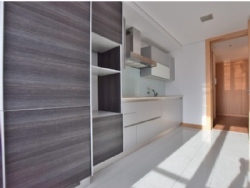 2 Bedroom Apartment Porto, Porto Ref