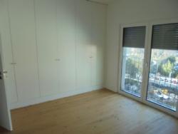 5 Bedroom Apartment Lisbon, Lisbon Ref :AAL28