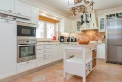 5 Bedroom Villa Caldas da Rainha, Silver Coast Ref :AV1888