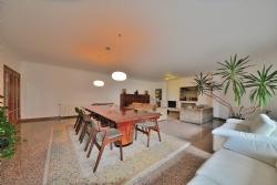 4 Bedroom Apartment Vila Nova de Gaia, Porto Ref :AAP34