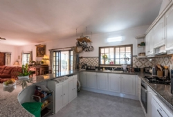 3 Bedroom Villa Sao Bras de Alportel, Central Algarve Ref :JV10270