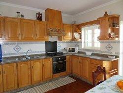 3 Bedroom House Cadaval, Silver Coast Ref :AV1889
