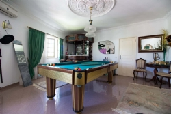 5 Bedroom Villa Quarteira, Central Algarve Ref :PV3381