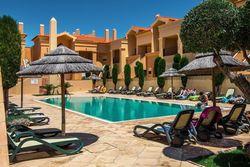 1 Bedroom Apartment Praia da Luz, Western Algarve Ref :GA325