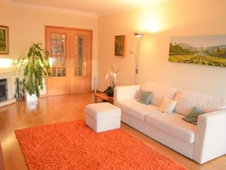 3 Bedroom Apartment Lisbon, Lisbon Ref :AAM105