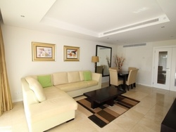 2 Bedroom Apartment Vilamoura, Central Algarve Ref