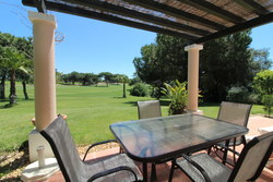 2 Bedroom Townhouse Quinta Do Lago, Central Algarve Ref :MV20512