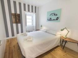 3 Bedroom Apartment Lisbon, Lisbon Ref :AAM131